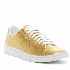CONVERSE Pro leather metallic sneakers NWT